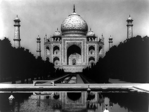 Taj Mahal from the Carpenter Collection at the Library of Congress by pingnews.com.