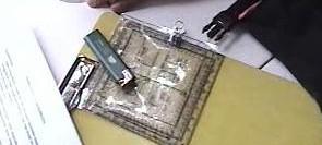 Protactor yang dipergunakan sebagai theodolite