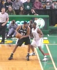 Powe defends Duncan