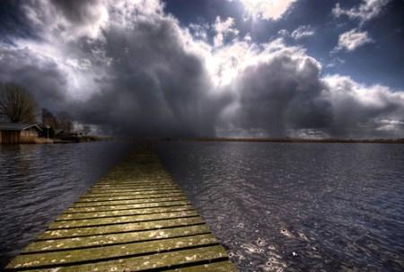Ještě je na jezeře slunečno...