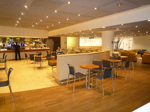 Lufthansa Arrival Lounge Area