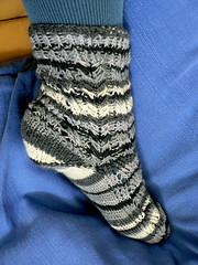 herringbone zigzag socks- side