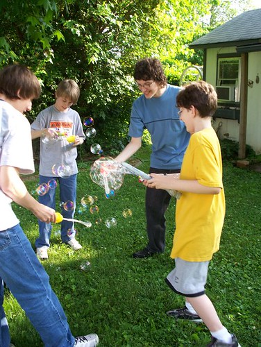 boys with bubbles2
