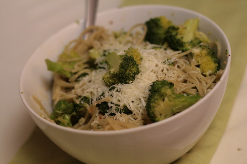 Broccoli Tossed with Vermicelli