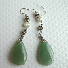 green earrings by klynslis