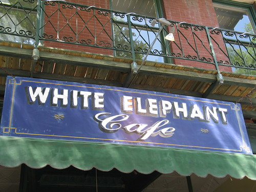 White Elephant Cafe, Augusta, Georgia, June 2007, photo © 2007 by QuoinMonkey. All rights reserved.