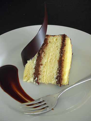 black-and-white-chocolate cake
