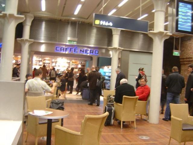 St Pancras International Eurostar Cafe Nero