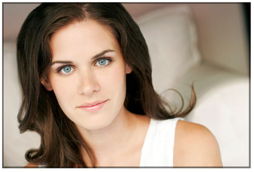 Lisa Bettany headshot by Kevin Clark