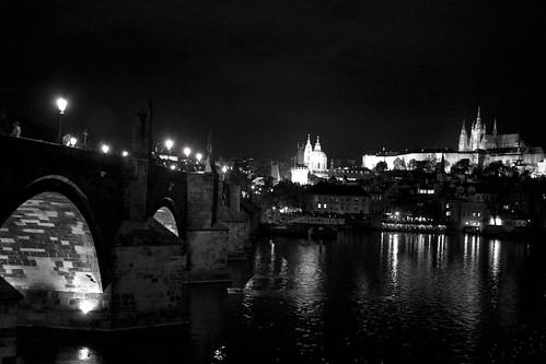 Postal nocturna de Praga