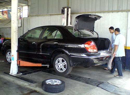 sentra tires.jpg