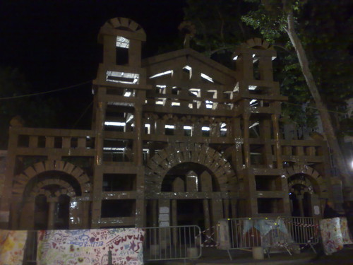 Structure - Olivier Grossetête in Aix by night