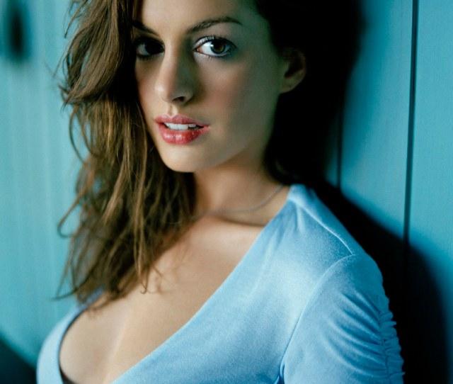 Anne Hathaway Adam_leonardo Tags Blue Film American Actress Annehathaway Brokebackmountainfilm Theprincessdiariesfilm