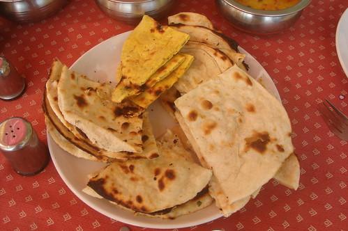 Agra_Lunch Garden1-7 Nan, Roti,Chapti