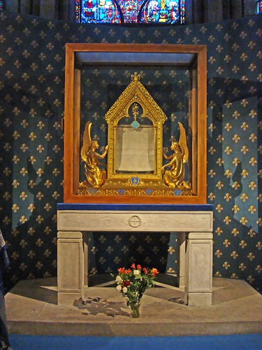 Sancta camisia - relikwia sukni Matki Boskiej, katedra w Chartres