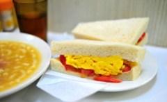 Scrambled Eggs and Tomato Sandwich