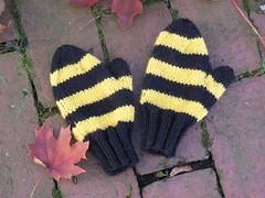 Hawkeye mittens