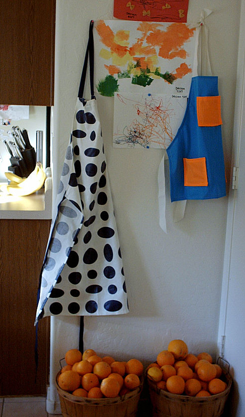Aprons, including Mama's $2 Ikea apron find
