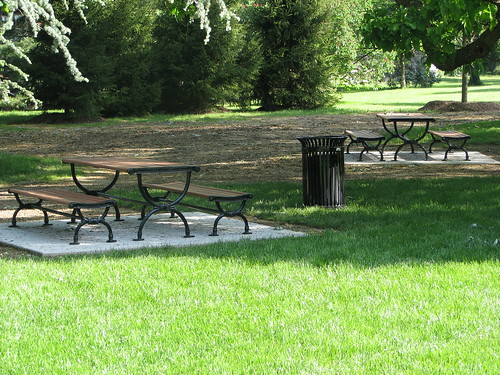 New picnic tables at President Lincoln's Cottage.
