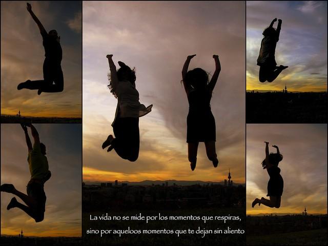 """""""La vida no se mide por las veces que respiras, sino por aquellos momentos que te dejan sin aliento"""""""