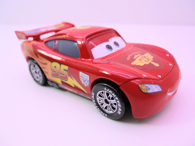 disney cars 2 movie doubles francesco bournelli lightning mcqueen with party wheels (2)