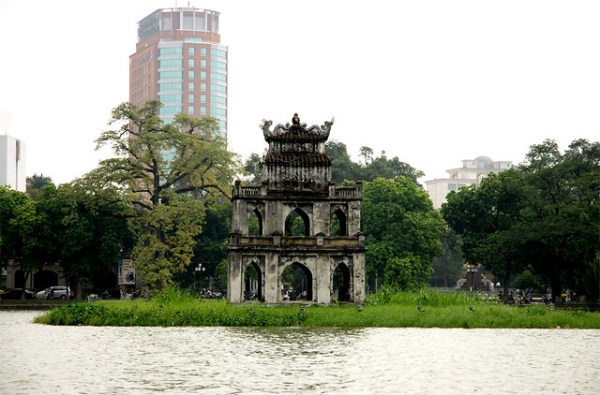 Озеро Хоан Кьем(Ханой)