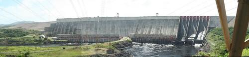 """Central Hidroeléctrica """"Simón Bolívar"""""""