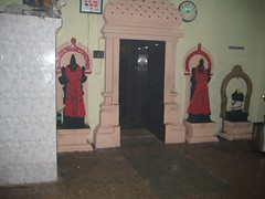 Inner entrance to Ambal Anandhavalli Shrine