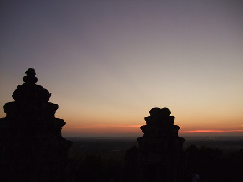 sunset over bakheng 1
