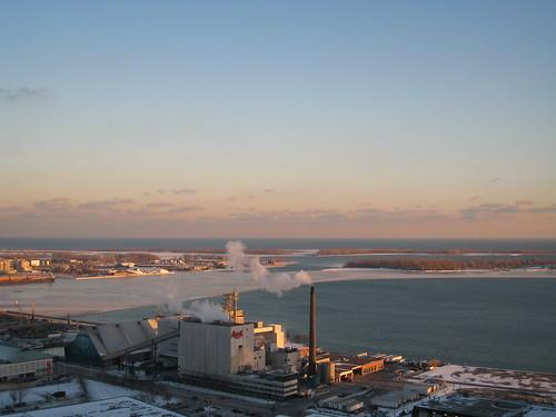 Ontario Lake starting to freeze