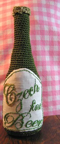 Crocheted beer - Amigurumi by Inger Carina
