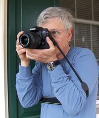 camera_holding_technique