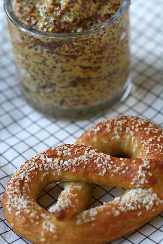 Pretzel & mustard 2