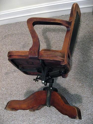 Milwaukee Chair Company office chair antique appraisal