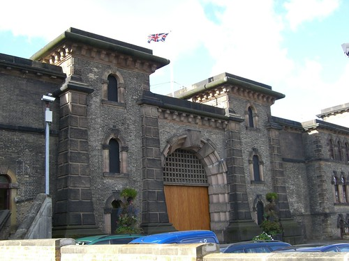 Wandsworth prison by Flickr user bargebaggers (Creative Commons)