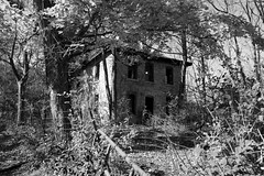 Creepy House on Mill Dam Rd