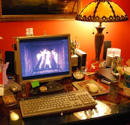 I like a roaring fire on my computer.