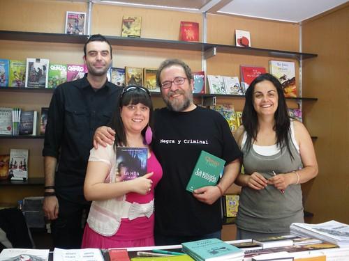 Chesús Yuste y Sandra Andrés Belenguer en la Feria del Libro de Zaragoza