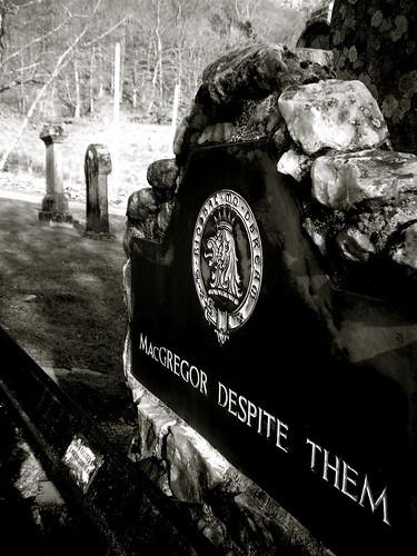 Rob Roy's Grave 1