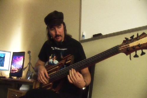 Les playing Kris' bass