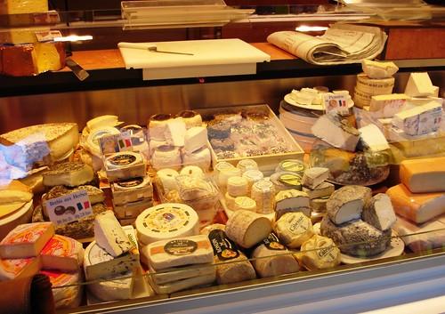 Käse auf dem Wochenmarkt in Osnabrück