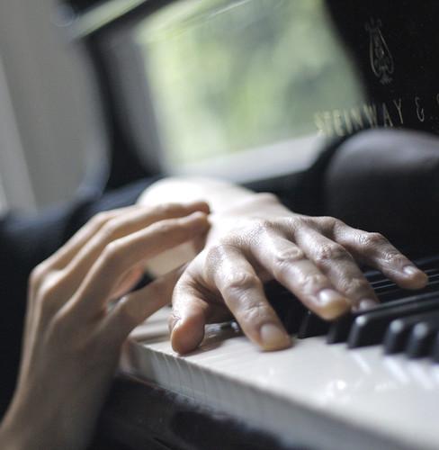 τα χέρια του πιανίστα