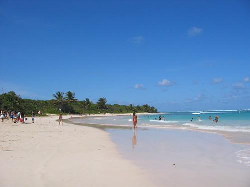 Playa Flamenco, island of Culebra