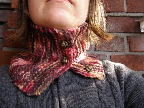 ripening berries neckscarf