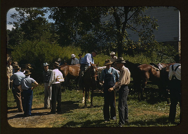 "Mountaineers and farmers trading mules and horses on ""Jockey St.,"" near the Court House, Campton, Wolfe County, Ky. (LOC)"