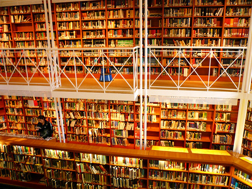 clare college library