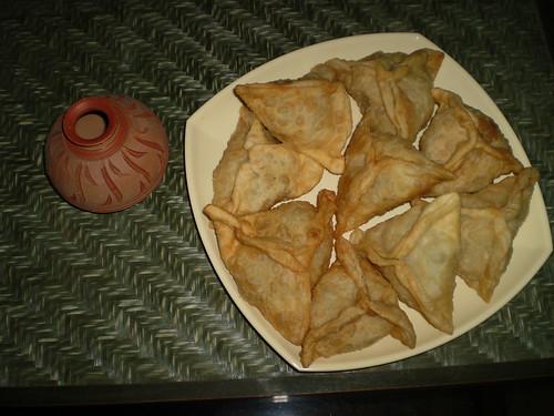 Hot n Crispy Samosas