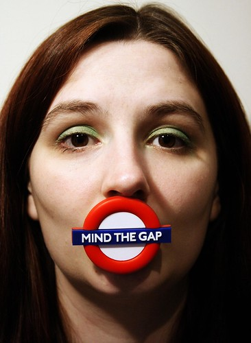 365:324 Mind The Gap by seq.
