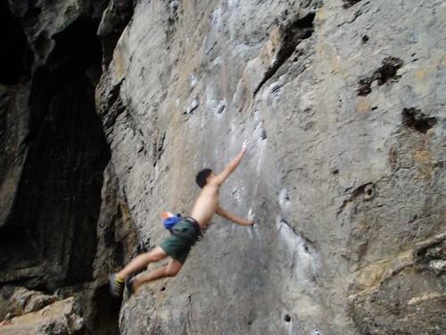 resized_58 D2 Amos jump4