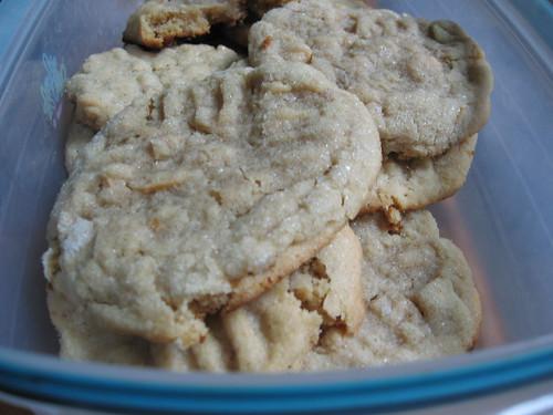 peanut butter crisscrosses 4